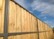 Kwikfynd Lap and Cap Timber Fencing aireysinlet